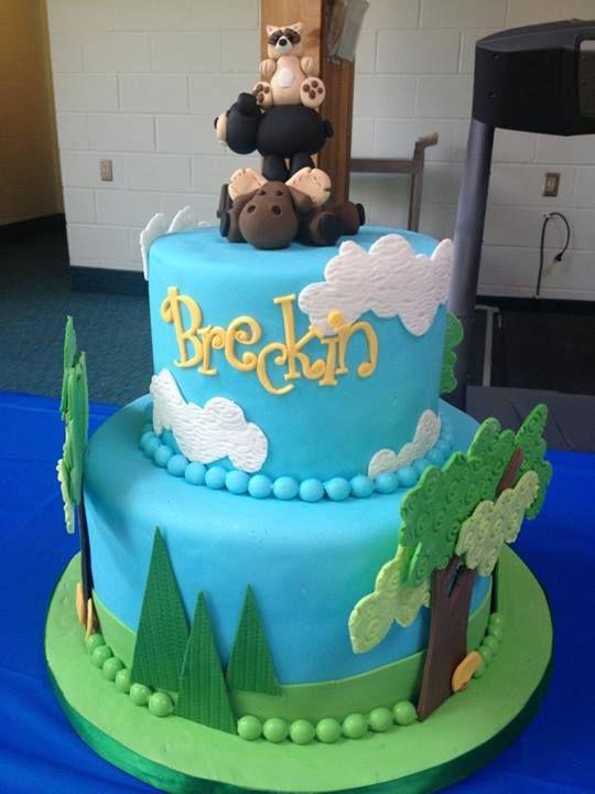 cake courtesy oft Sprinkled with Sugar Kansas Citys Premier