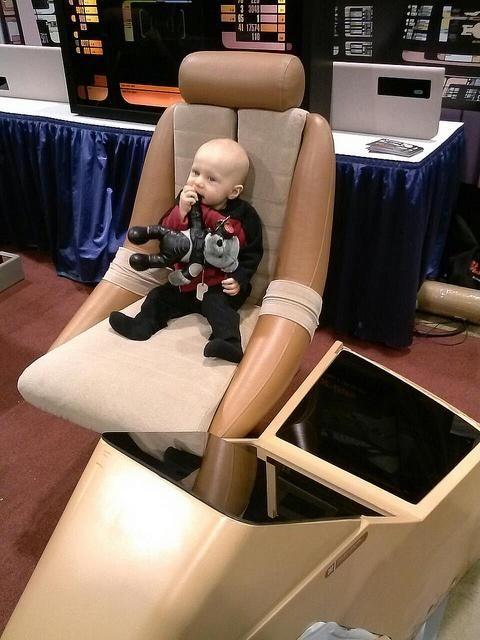 Cute Baby Star Trek Costume | Costumepedia.com & Cute Baby Star Trek Costume | Costumepedia.com | Star Trek Costumes ...