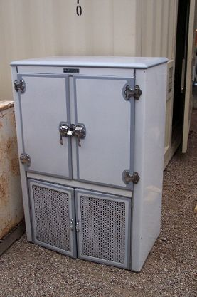 This Is An Early 1920 S Kelvinator Wood Ice Box With White And Grey Exterior Porcelain Finish And White Por Vintage Ice Box Vintage Fridge Vintage Refrigerator