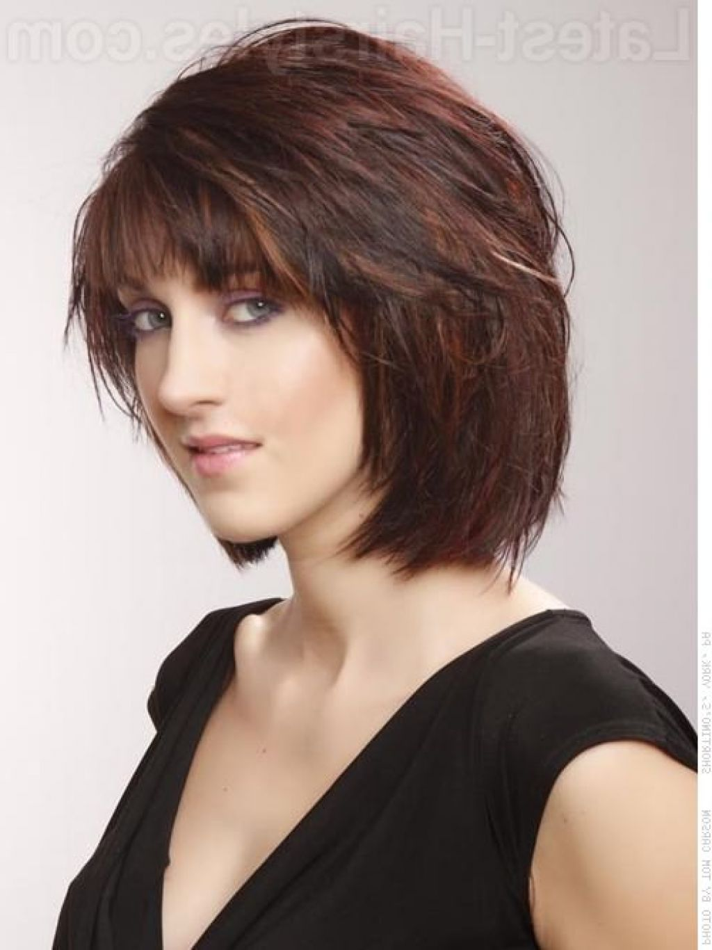 Groovy Chin Length Bob Haircuts Layered Chin Length Bob With Bangs Hairstyles For Women Draintrainus