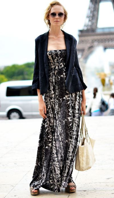 Love the maxi dress style for summer!