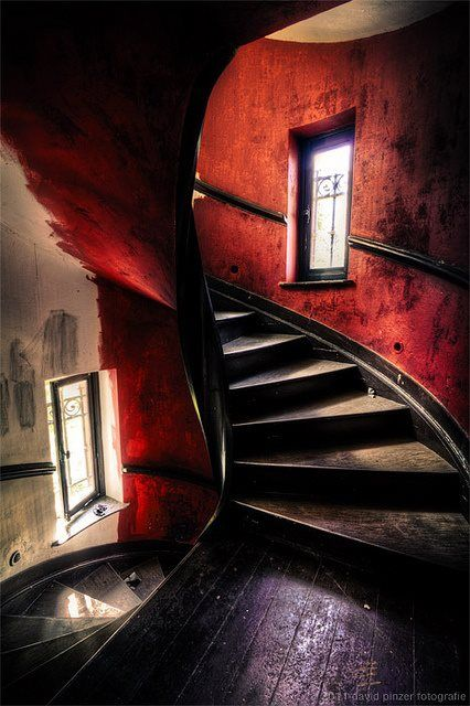 The stairway ascending or descending from Hell ...