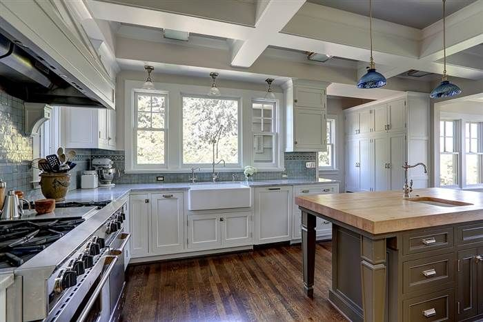 See Inside This Stunning 107 Year Old Craftsman Home Craftsman Kitchen Home Home Kitchens Craftsman kitchen in dining room
