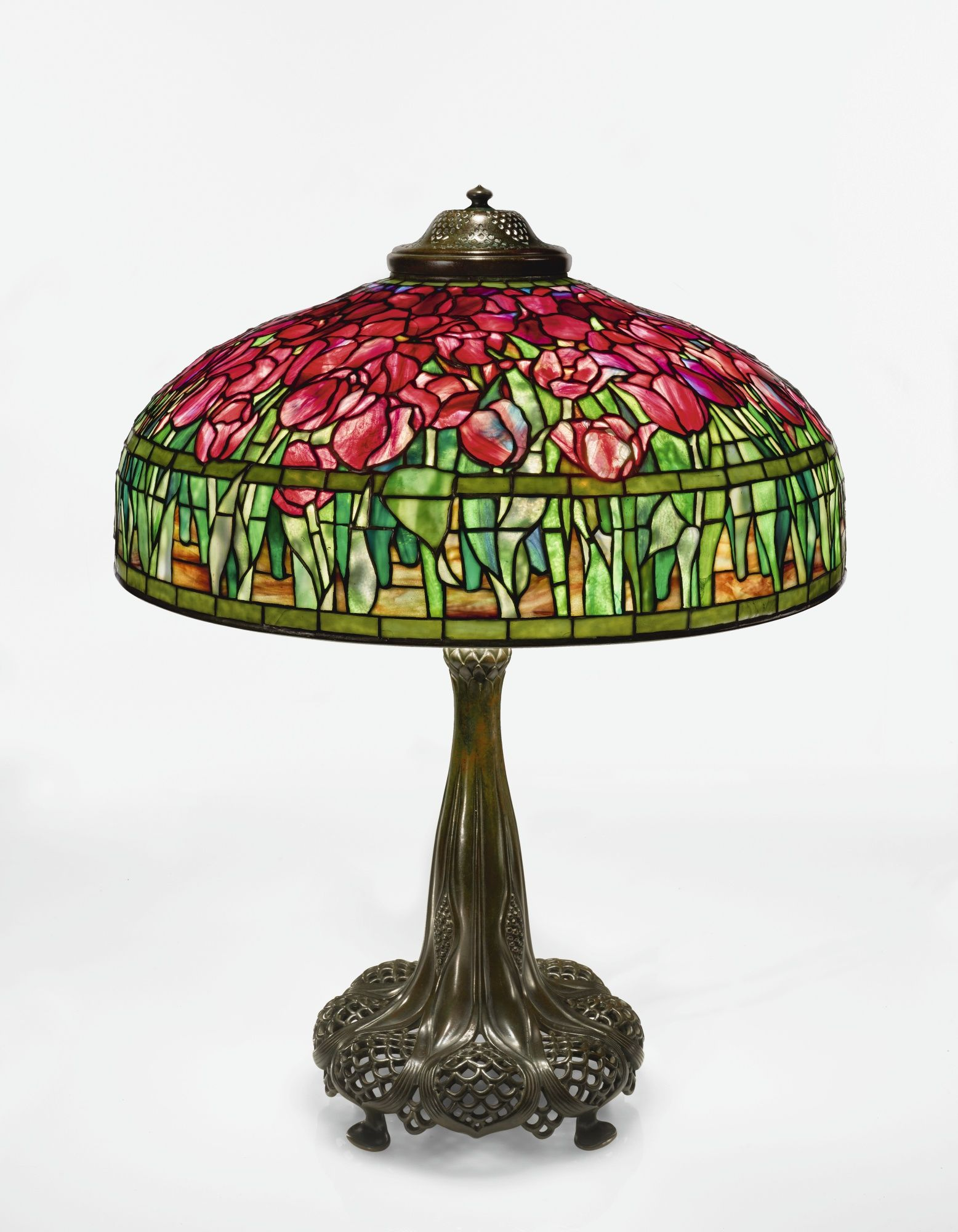 """Tiffany Studios """"TULIP"""" TABLE LAMP with a reticulated """"Queen"""