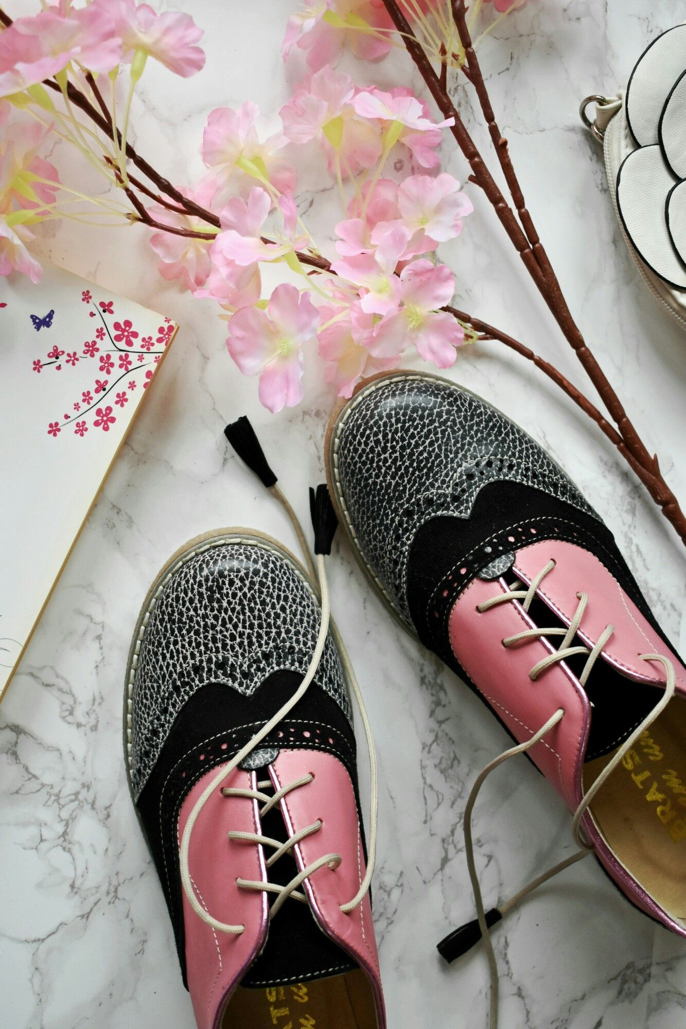 preview of sale usa online popular stores Bratscher Custom Shoes, Spring collection 2018, flat oxford ...
