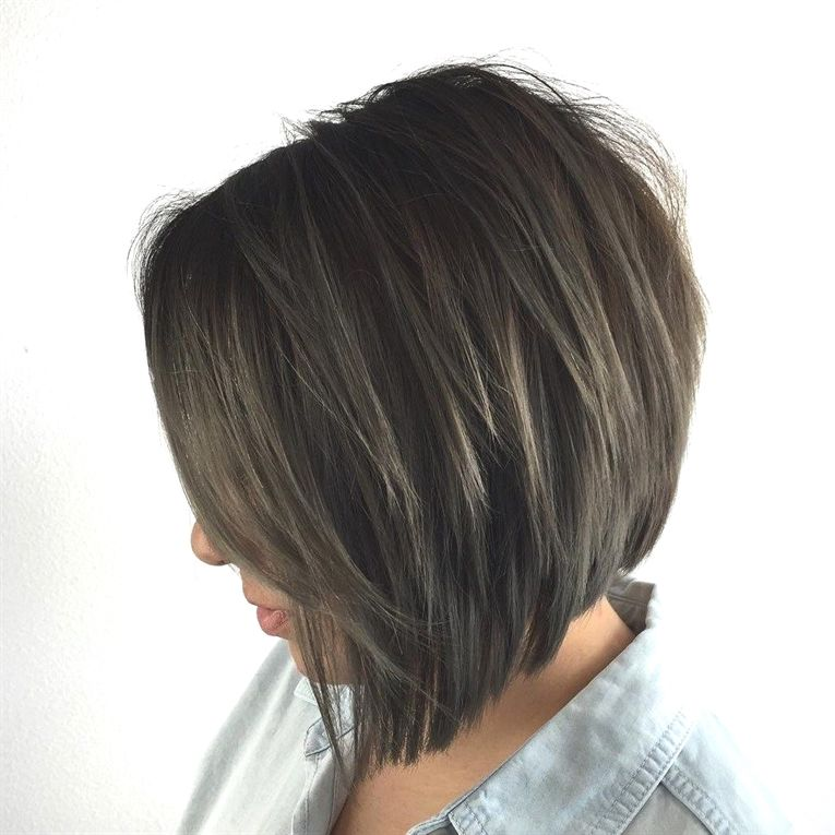 Classy Bob With Angled Midshaft Layers Bobhaircut Hair Styles Inverted Bob Haircuts Layered Bob Hairstyles