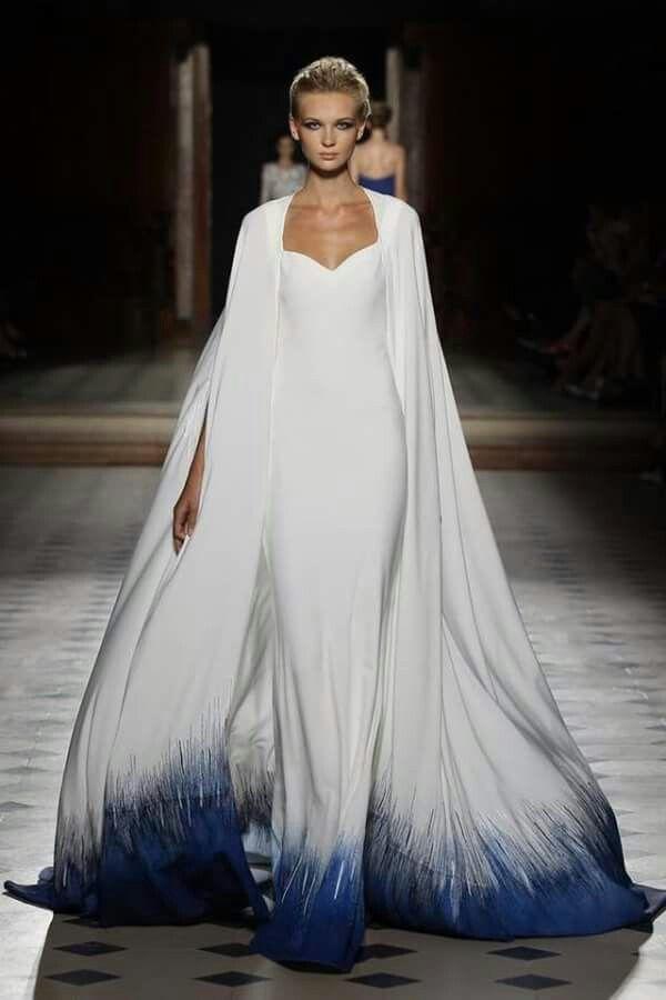 En robe de mariée superbe... ... | Rip the Runway | Pinterest | 20er ...