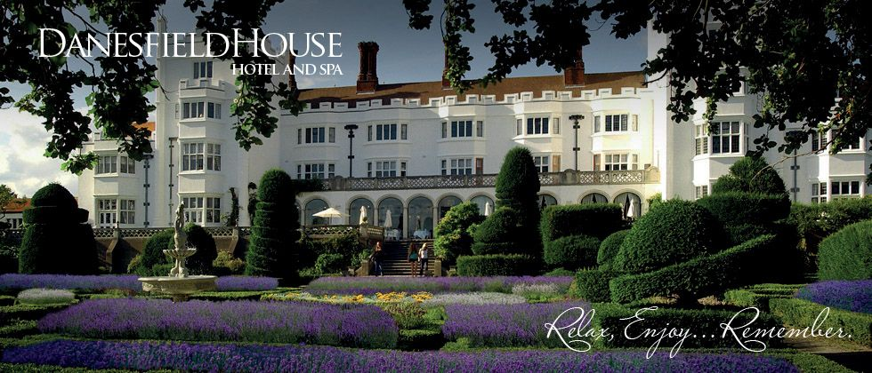 Wedding Venue At Danesfield House In Marlow For Luxury Packages Buckinghamshire Near London Uk Marlowhotel Ountry