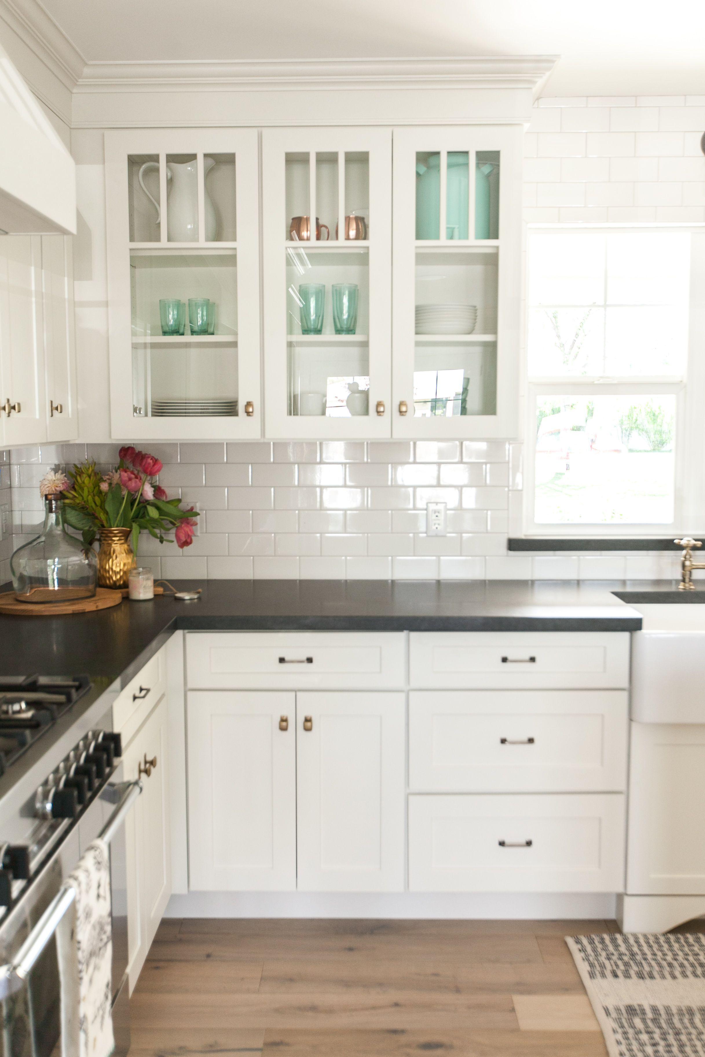 Black Countertops Kitchen Black Countertops In 2020 Kitchen Cabinets Decor New Kitchen Cabinets Kitchen Interior