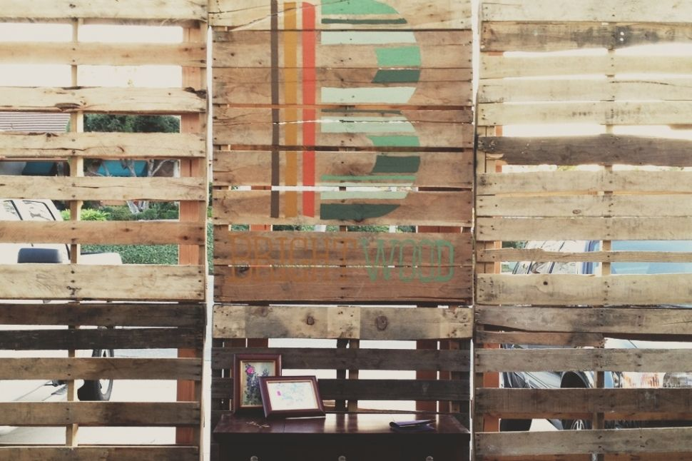 Bridal Expo - How To Make A Wood Pallet Wall | Bridal expo ...