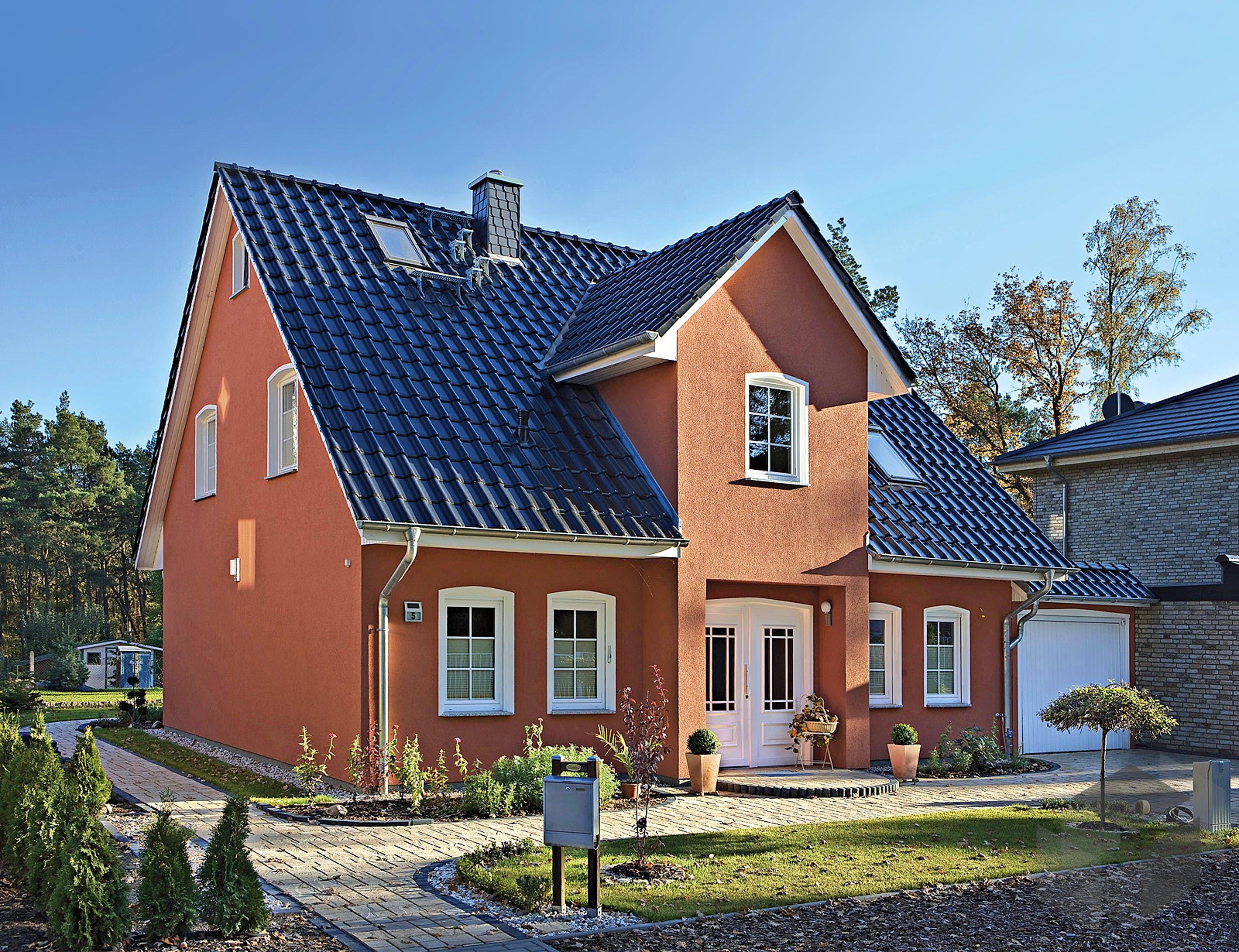 Zwerchgiebelhaus in Massivbauweise 'Stadthaus 141' von