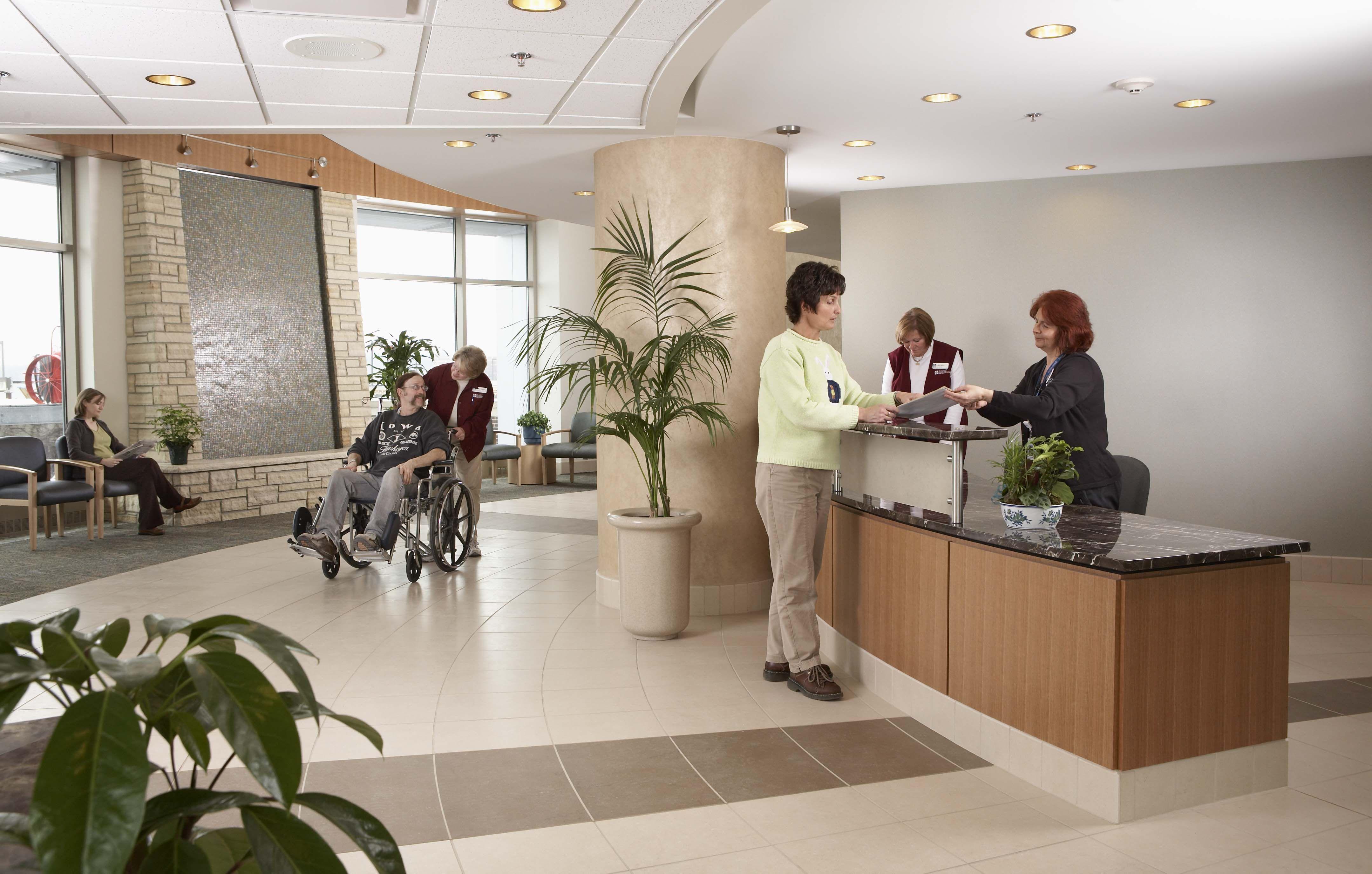 St Lukes Hospital West Entrance registration desk