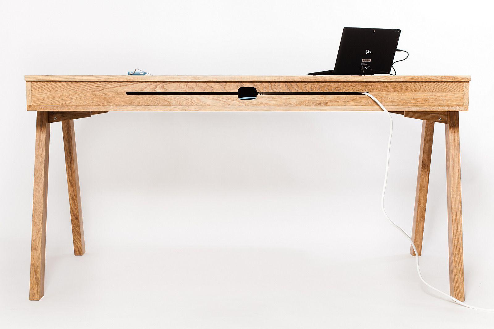 Schreibtisch Massiv Eiche Nussbaum Handgearbeitet Design