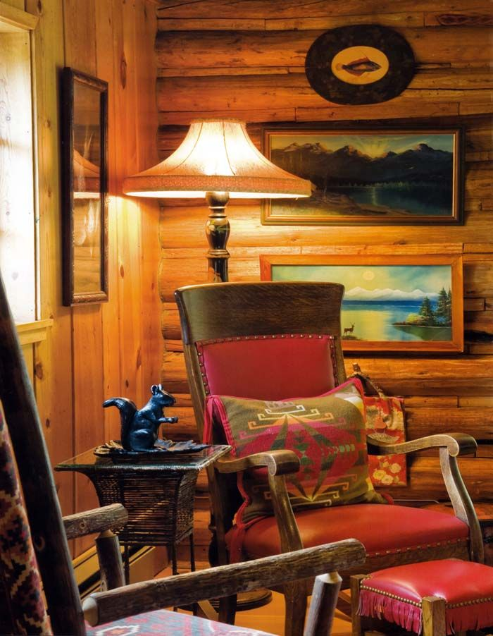 Just Love The Red In This Rustic Cabin Décor And The Oil Paintings.