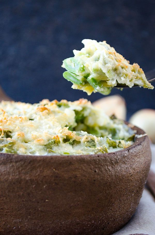 Skinny Green Bean Casserole   giverecipe.com   #greenbeans #summerrecipes #casserole #skinnyrecipes