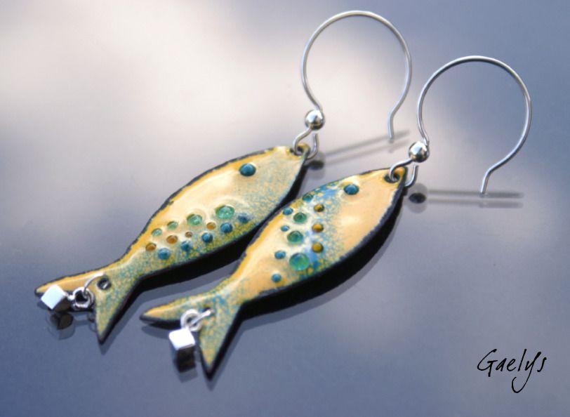 boucles d 39 oreilles les petites sardines poisson en cuivre maill grande taille jaune. Black Bedroom Furniture Sets. Home Design Ideas