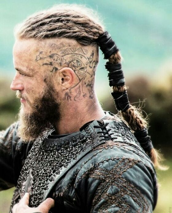 Ragnar head tattoos google search vikings pinterest for Ragnar head tattoo stencil