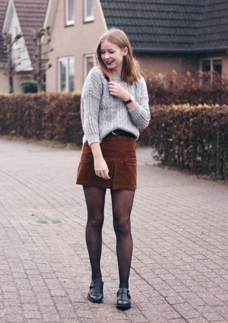 outfit brown skirt grey knit | A/W OUTFITS | Pinterest | Brown ...