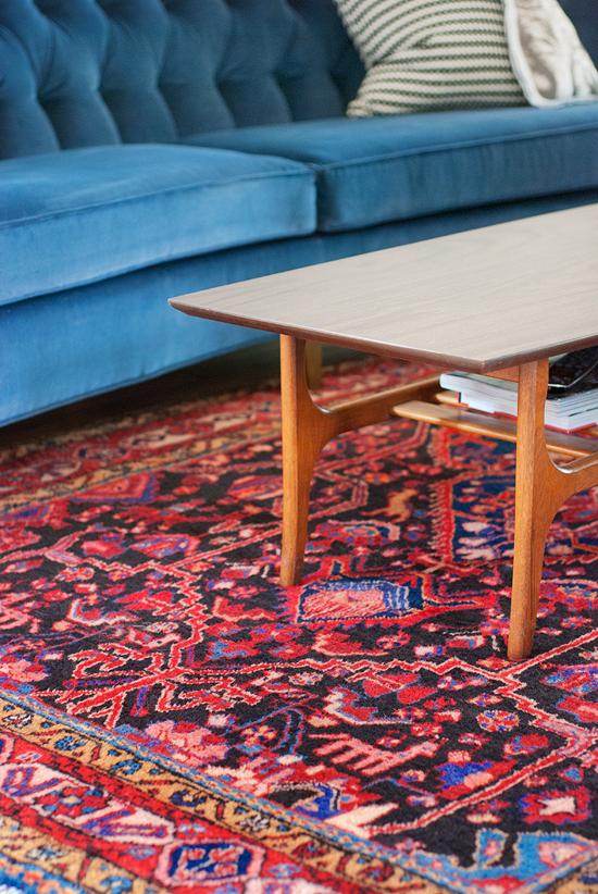 Loving The Blue Velvet Sofa And Persian Rug Combo Living Room Ideas Pinterest
