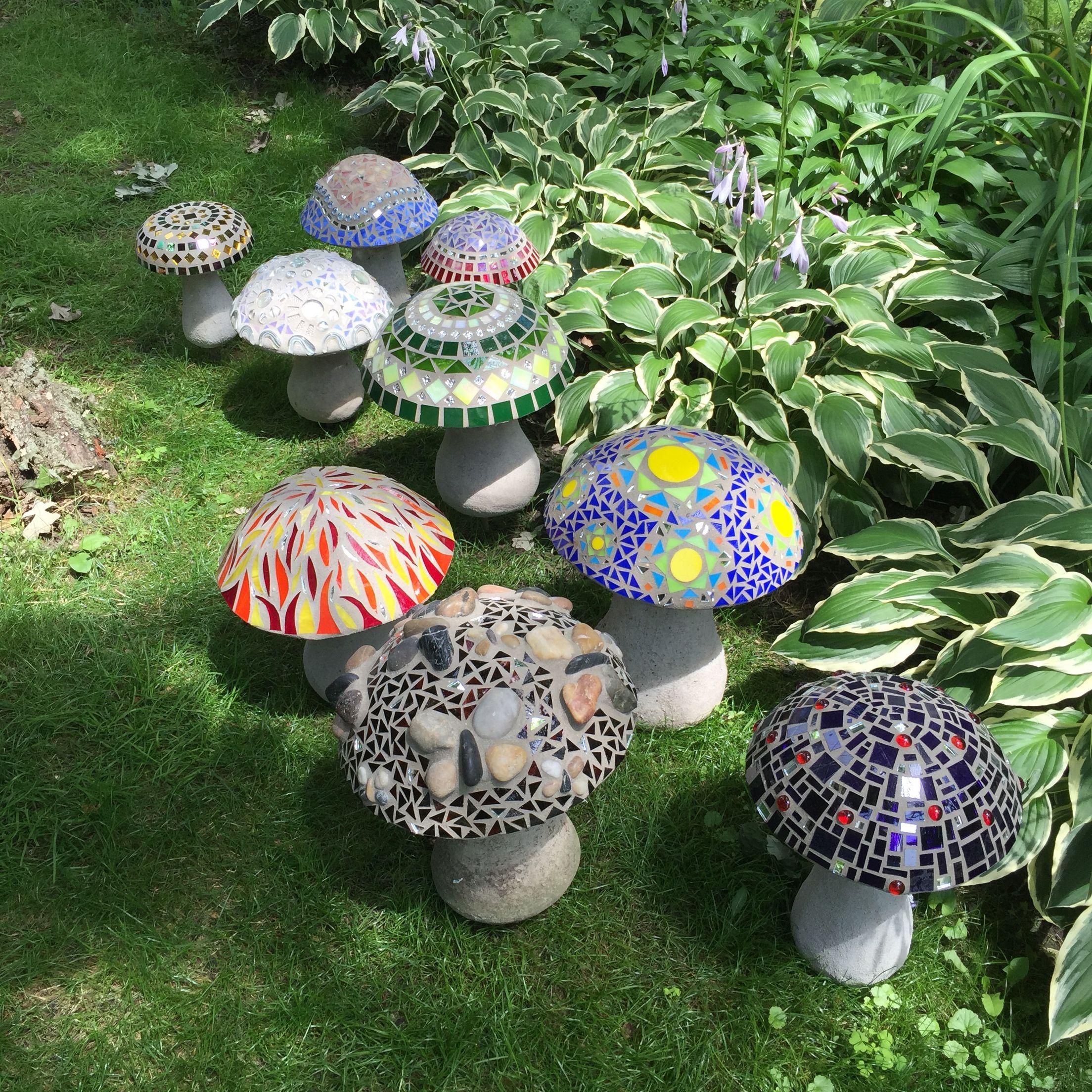 Cement Garden Art: Concrete Mosaic Mushrooms …