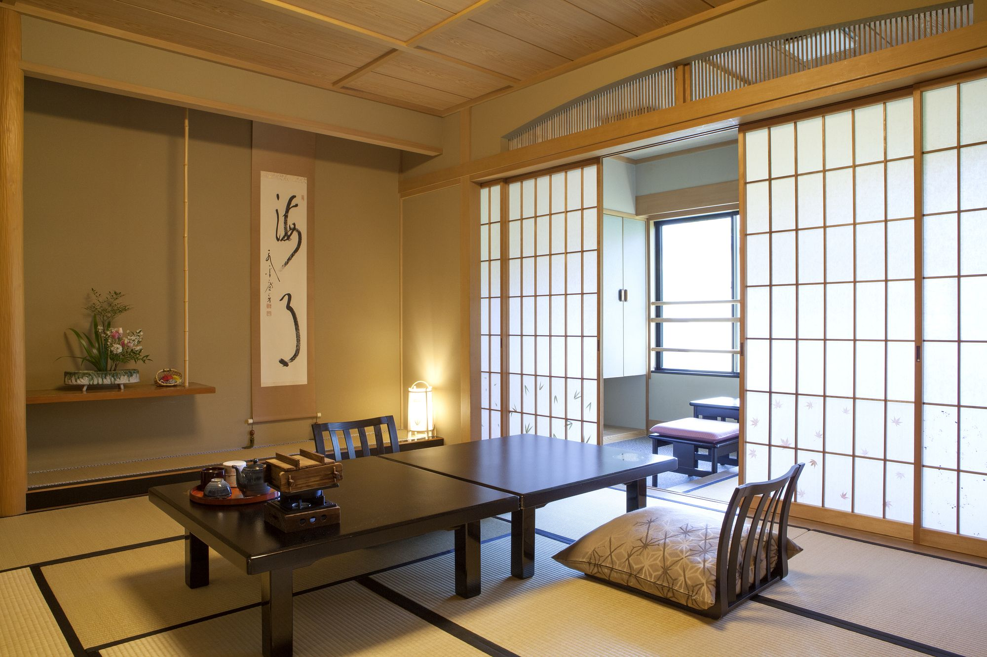 Pin By Nicole On Home In 2020 Japanese Interior Design Interior Design Elements Traditional Interior Design #traditional #japanese #living #room
