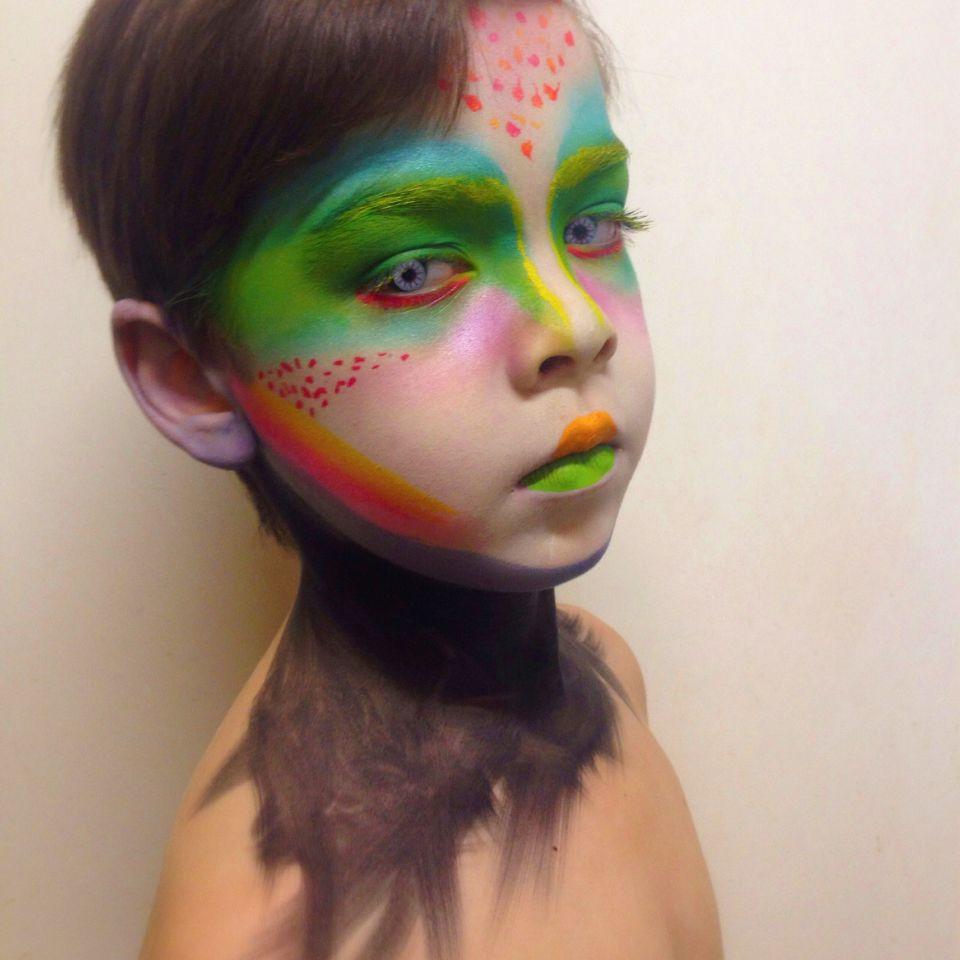 eye contacts makeup alien