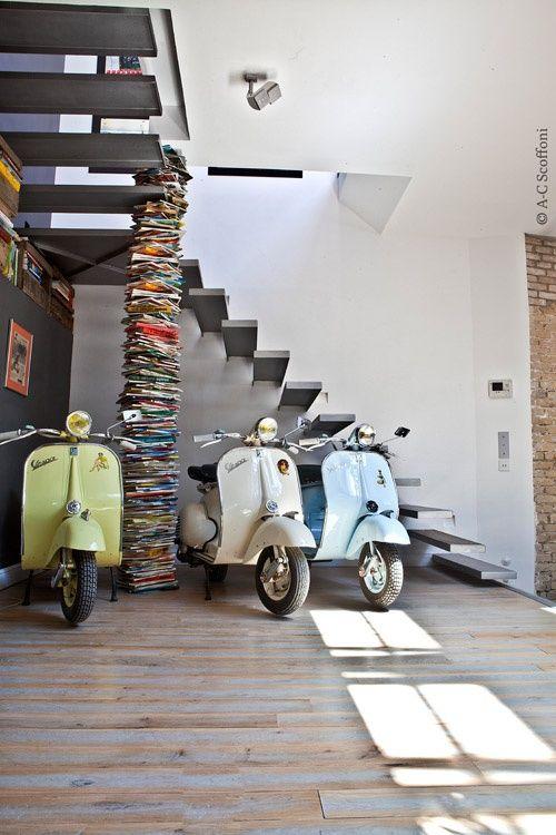 vespa's and books, a pretty good combination
