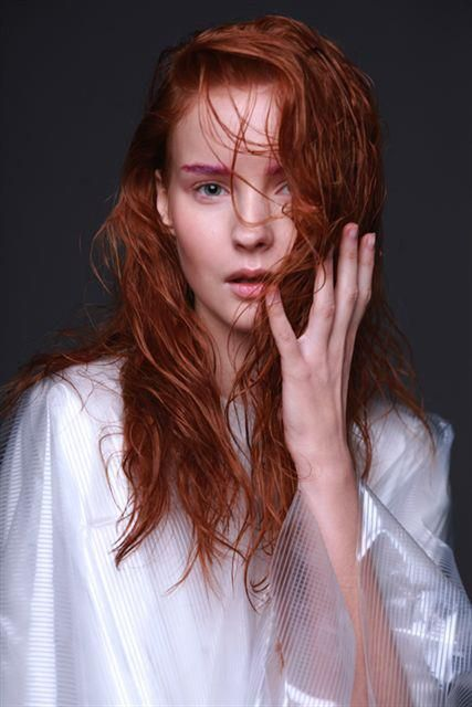 Free natural redhead