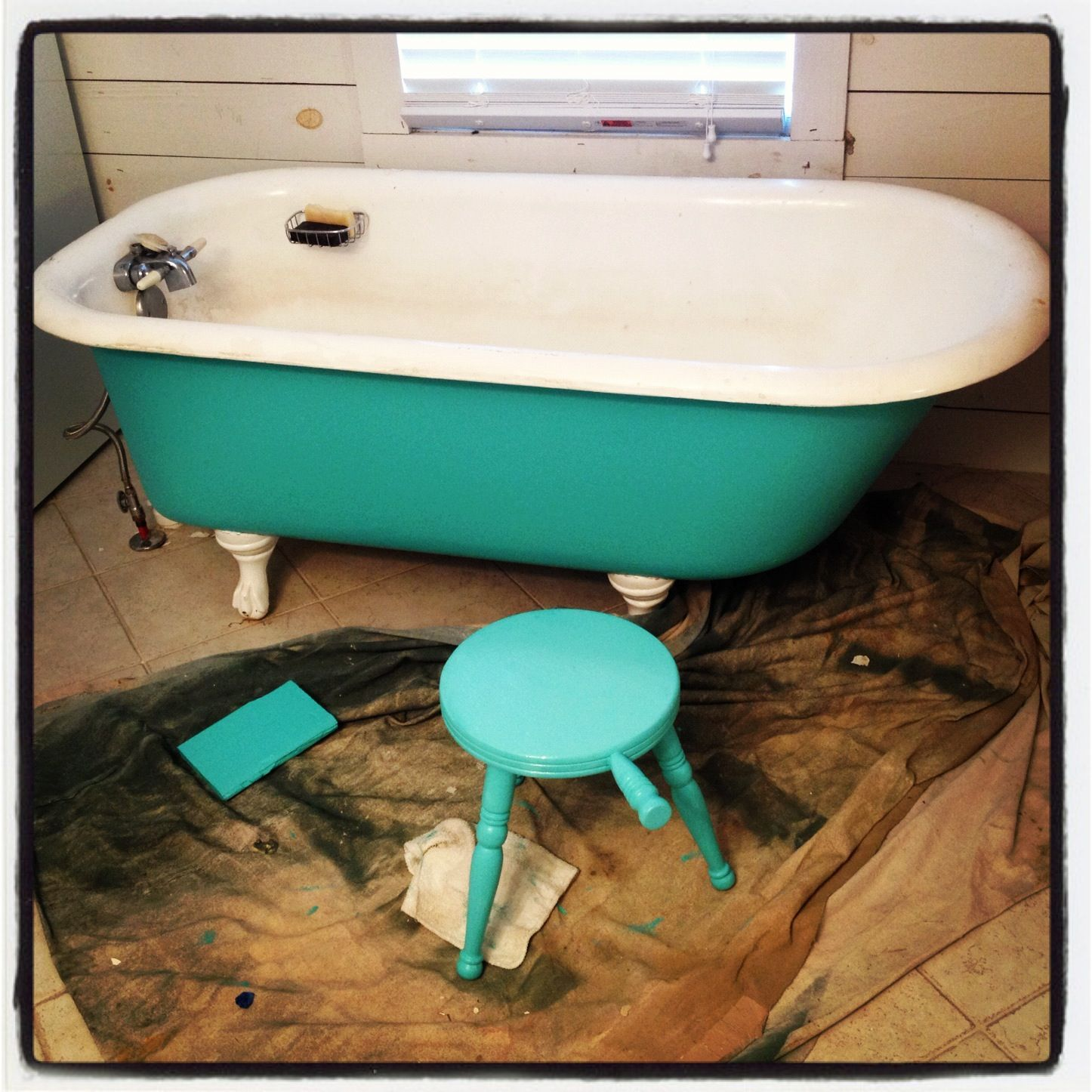 Clawfoot tub painted | Cool Ideas | Pinterest | Tub paint, Tubs and ...