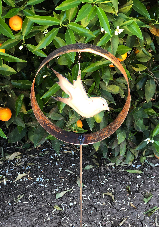 Rusty Metal Garden Decor Rustic Metal Bird Sculpture Yard Stake