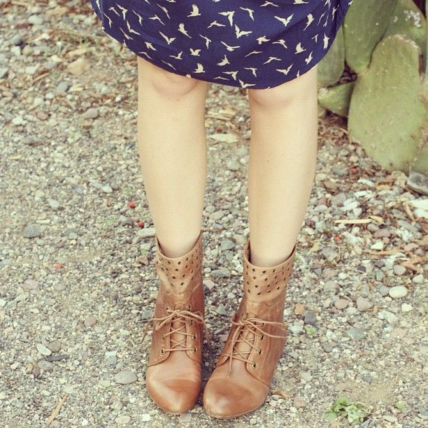 i believe in unicorns.: PB Tabby Boot Giveaway!    I want these. So. Bad.