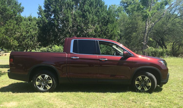 2017 Honda Ridgeline Surprise For Mid Size Truck Buyers Honda Ridgeline Honda Trucks