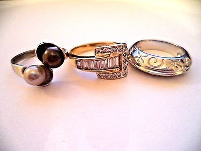 Lot of three rings sterling silver sz.7-8 clear stone *pretty vintage rings*