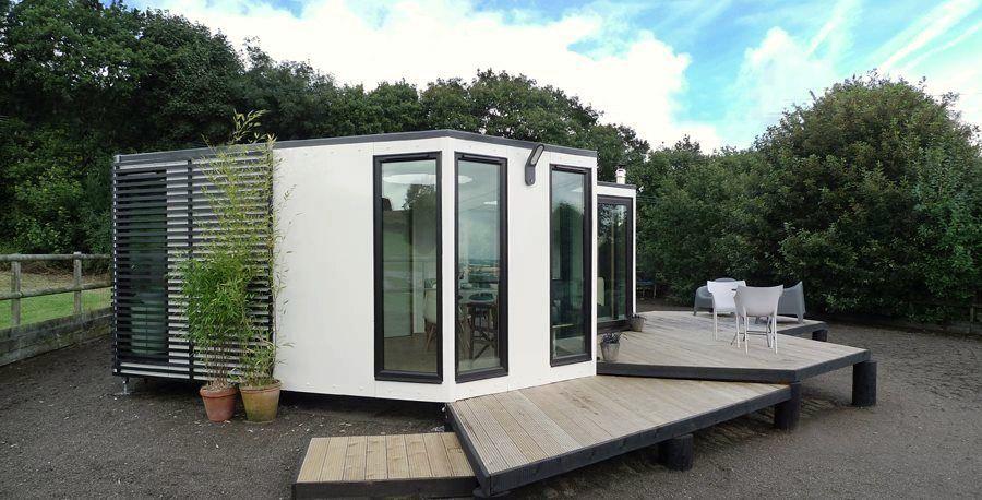Hive haus | Small modern home, Modular homes, Tiny modular ...