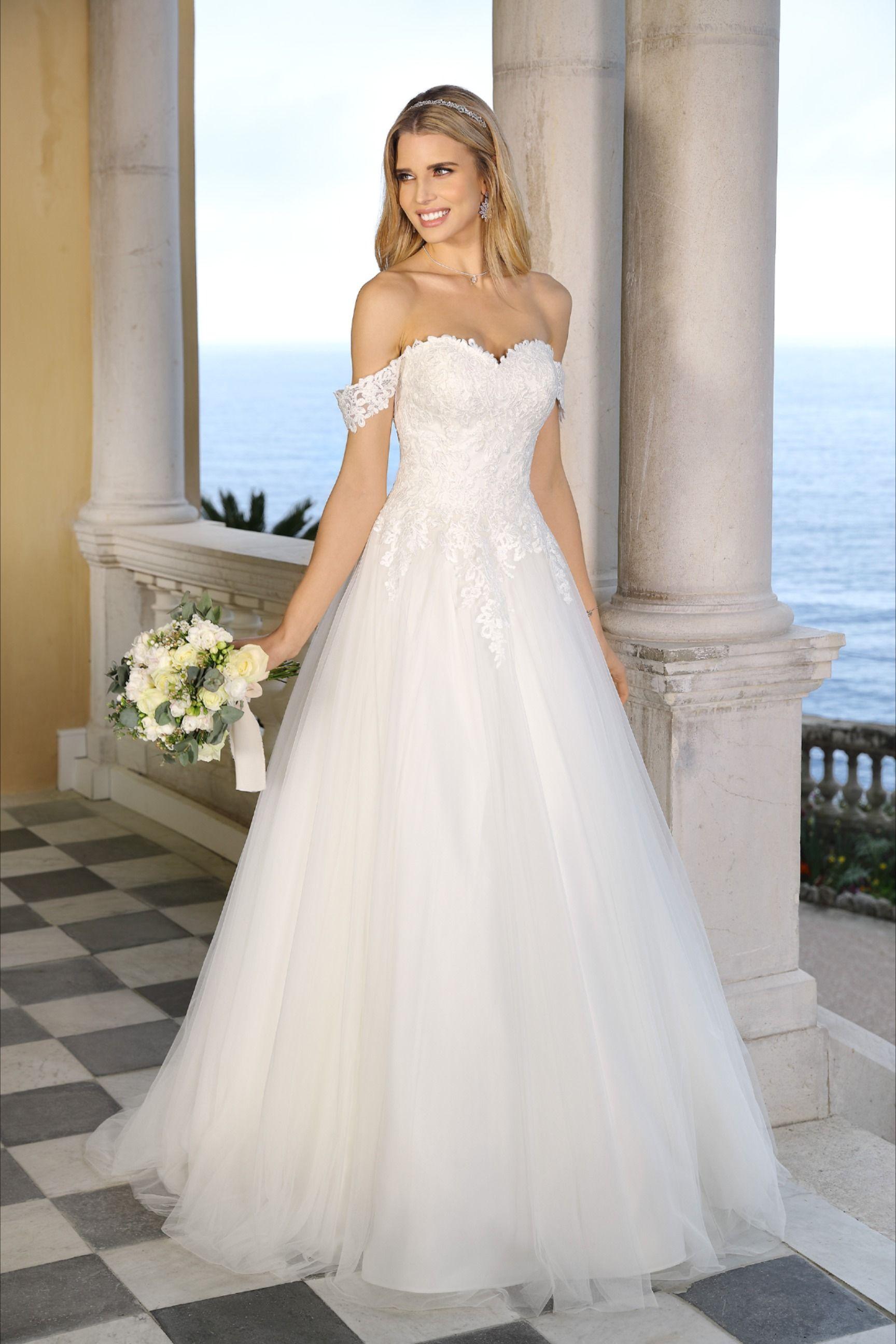 Pin On Ladybird 2021 Collection Wedding Dresses [ 2591 x 1728 Pixel ]