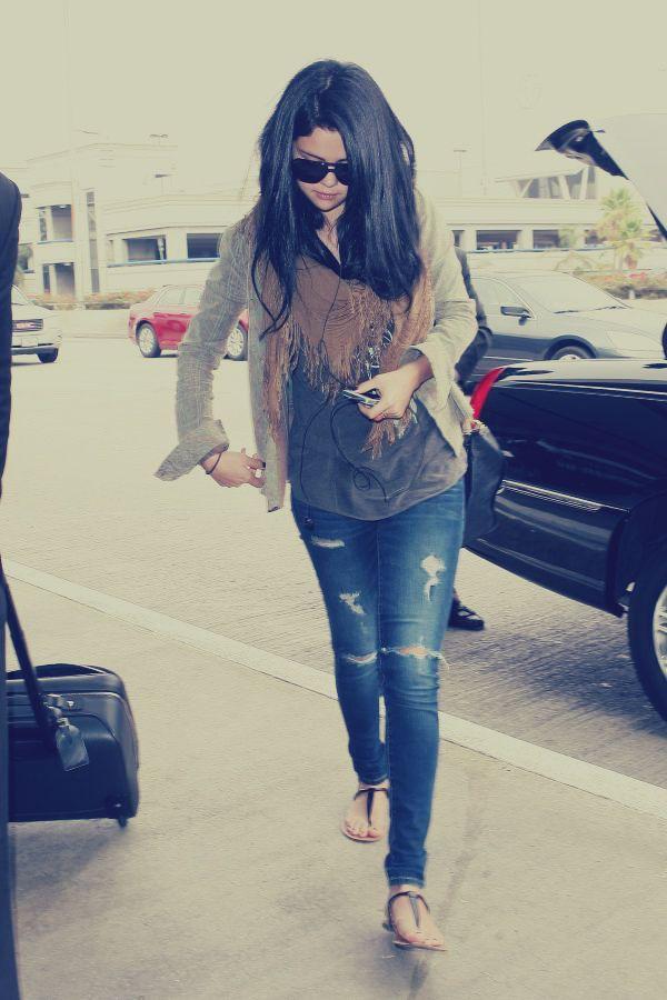 Fall Outfit Selena Gomez Hollywood Fashion Gorgeous Clothes