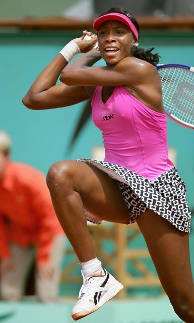 Tennis Williams Defeats Halep 6 1 4 6 7 6 6 Venus Williams Held