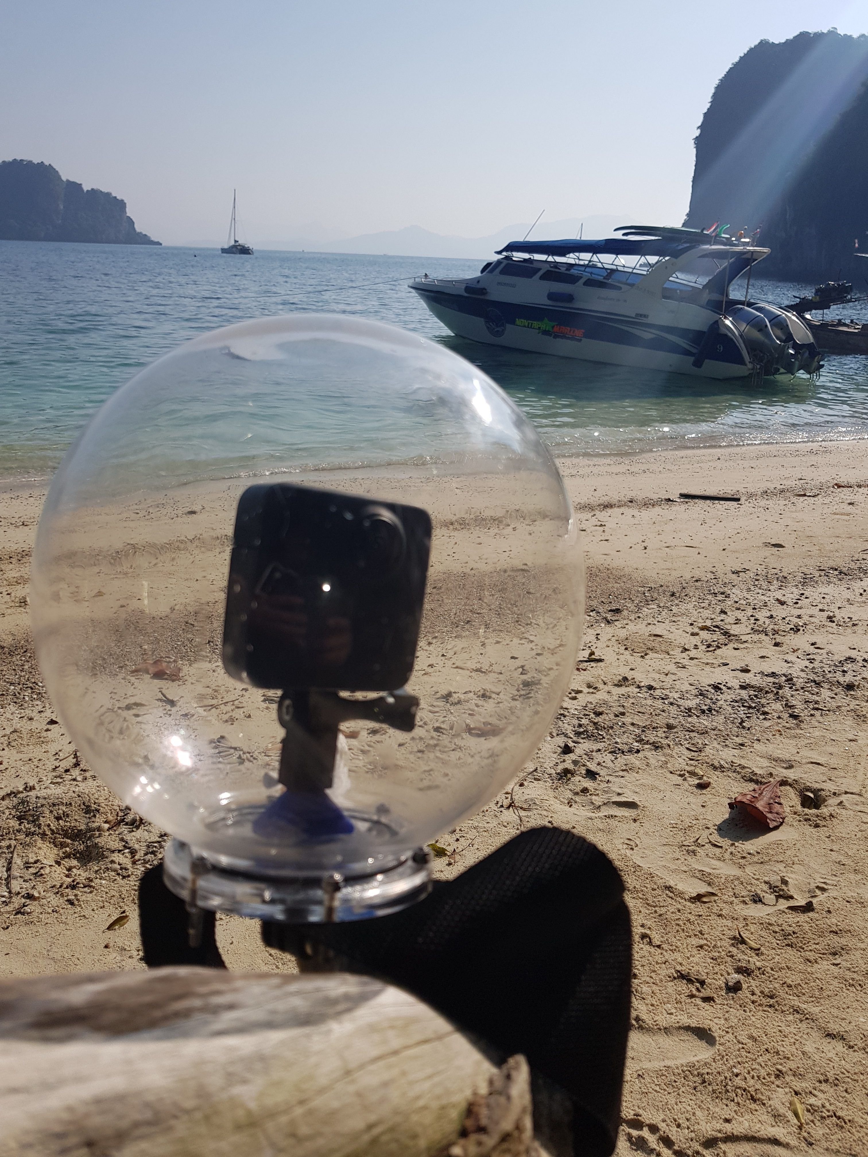 Today's 360 VR Buzz: Underwater Housing for GoPro Fusion NOW