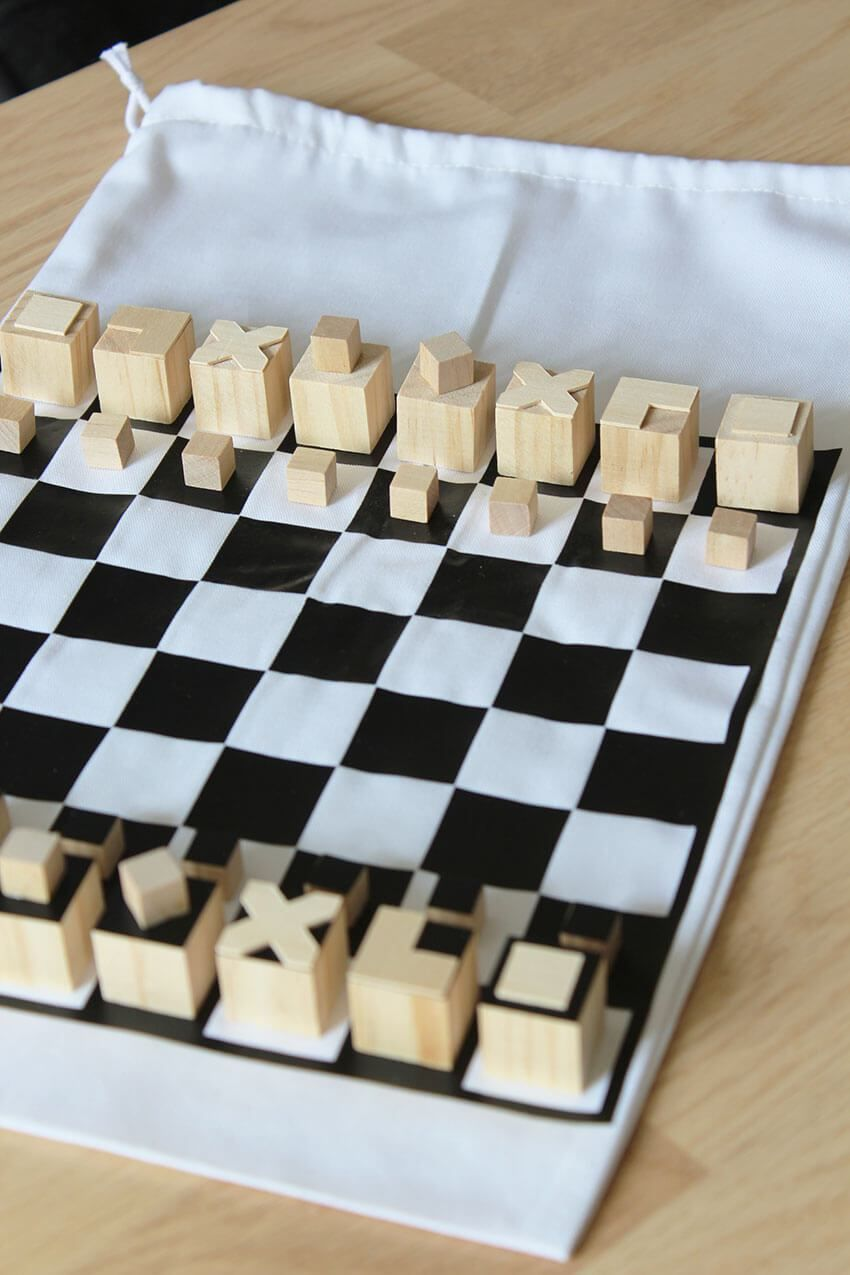 Bauhaus Inspired Diy Travel Chess Set Beginner Woodworking