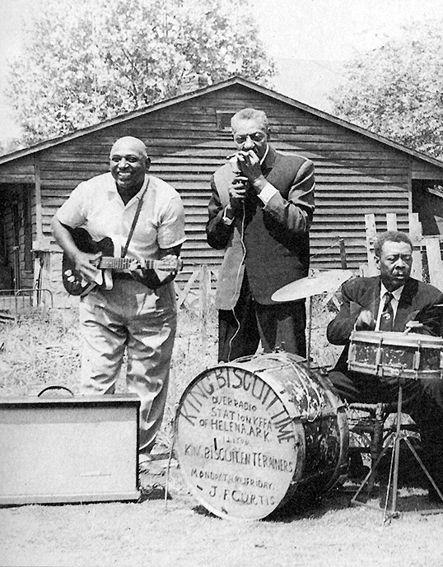 deltabluesfolkgospelandmore:  King Biscuit Time - Sonny Boy Williamson, Houston Stackhouse &  Peck Curtis