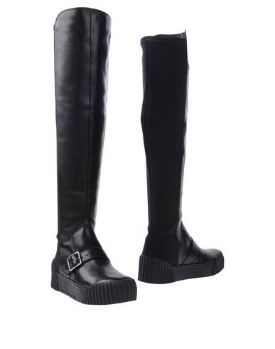 MARC BY MARC JACOBS Boots. #marcbymarcjacobs #shoes #boots