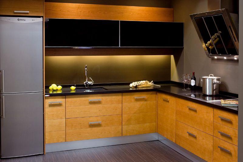Resultado de imagen de cocinas con encimera negra | cocinas ...