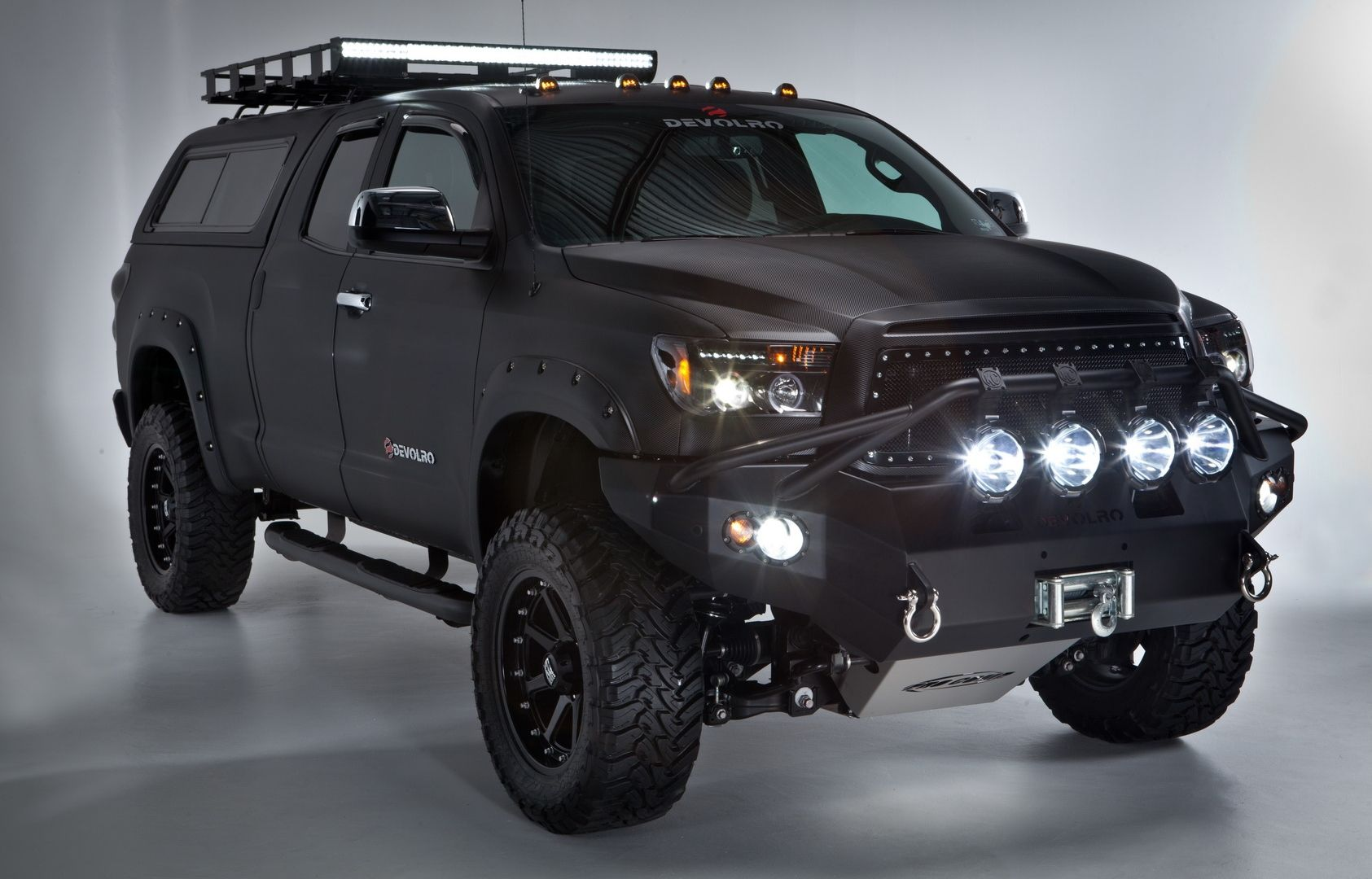 looks like an off road interceptor post apocalyptic vacation pinterest toyota tundra. Black Bedroom Furniture Sets. Home Design Ideas