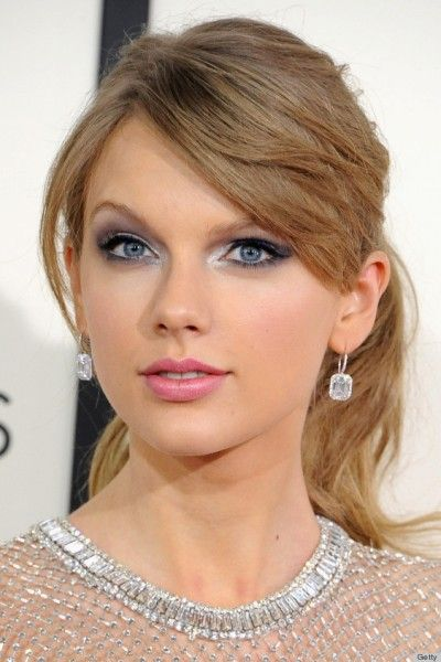 Side Swept Bangs Long Ponytail Hair By Taylor Swift Beautiful