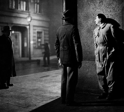 Fritz Lang directing his actors on the set of M, 1931 (Peter Lorre is on the left)