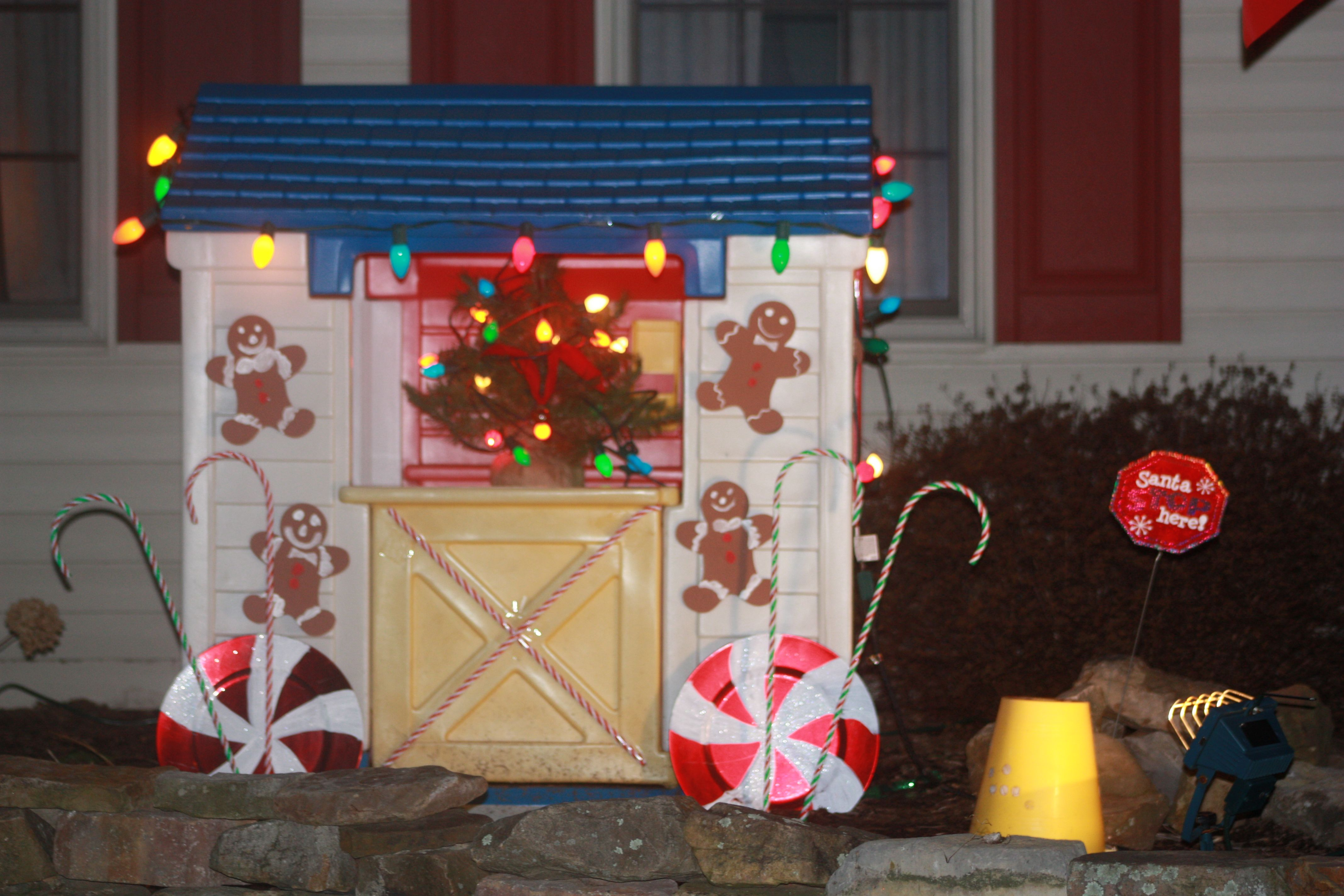 Holiday Decorating For The Little Tikes Playhouse Little Tikes Playhouse Christmas Gingerbread House Holiday Decor