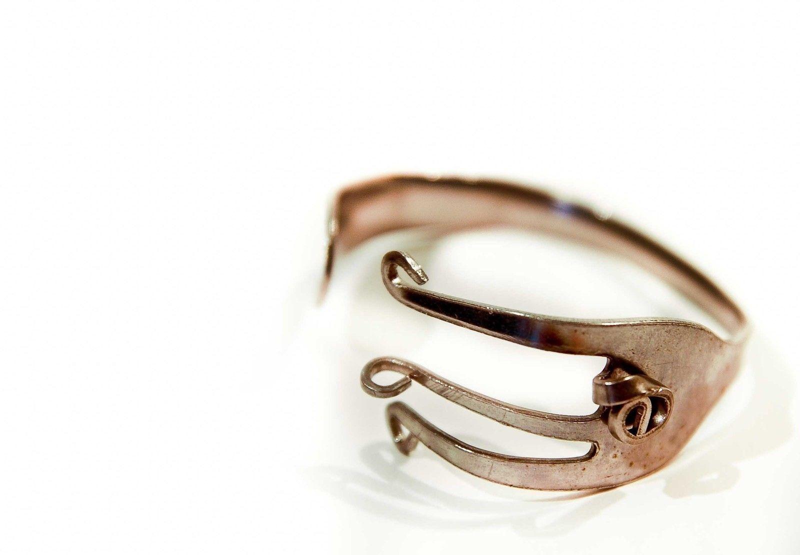 Fork Bracelet | Fork bracelet, Silverware jewelry, Jewelry ...