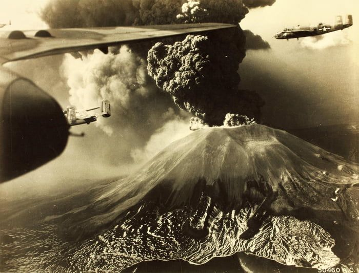 Mount Vesuvius The Same Volcano That Destroyed Pompeii In 79ad