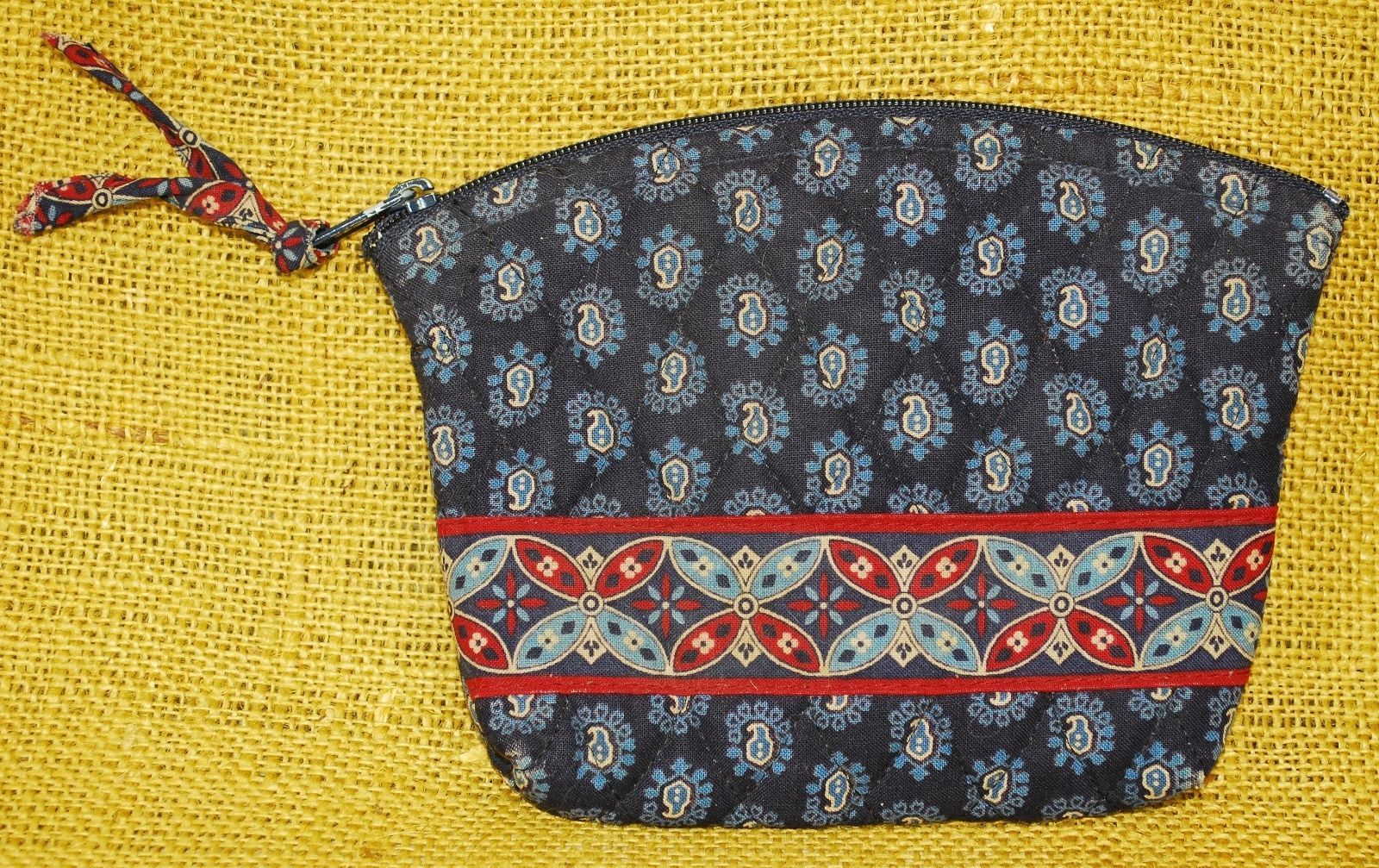 ed0b6e7ad5 Vera Bradley Small Cosmetic Bag Vintage Navy Blue Paisley and Dark Red  Pattern Measures 5.5
