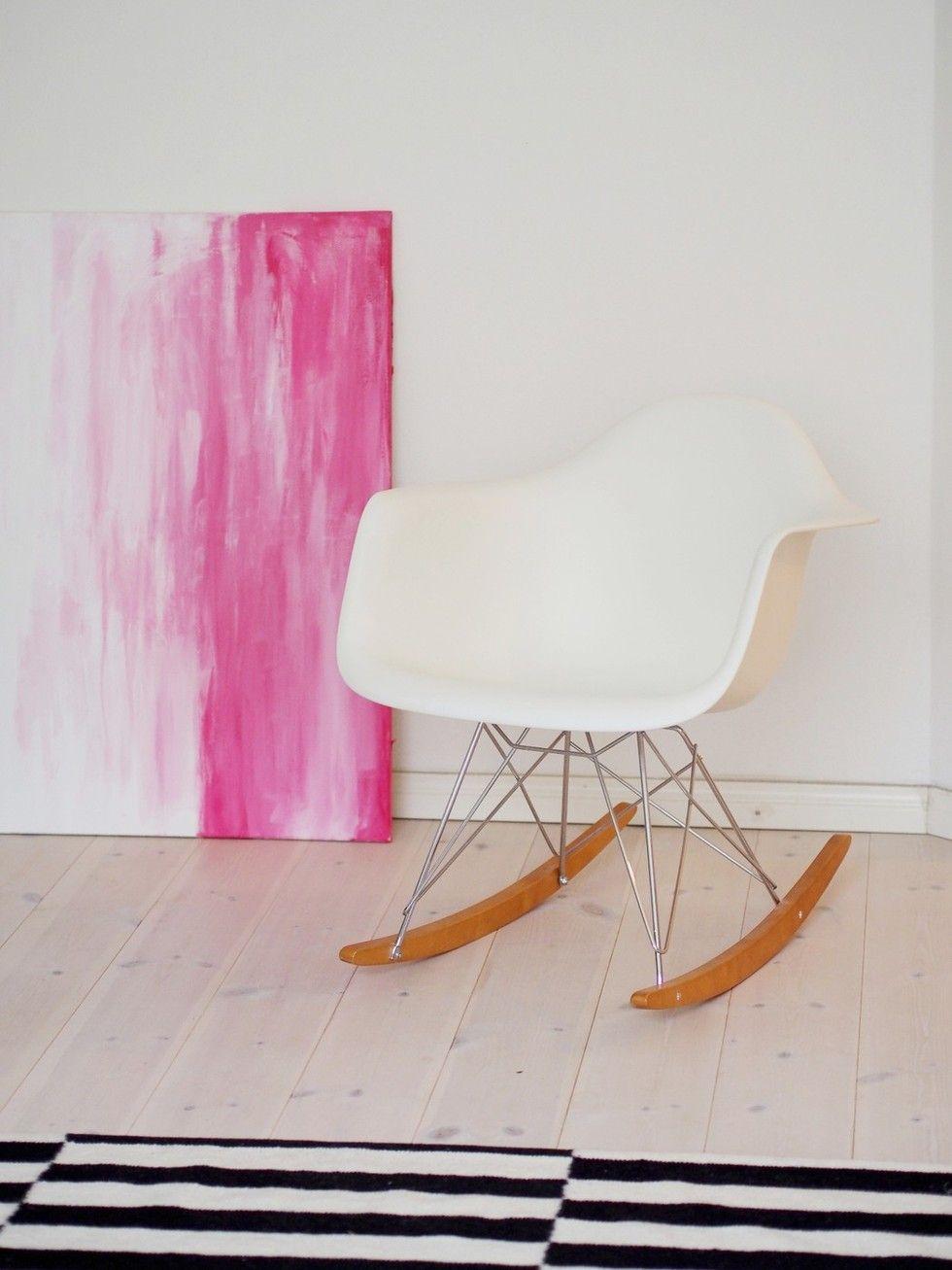 Pink and white  | Viena's home | photo: Pupulandia